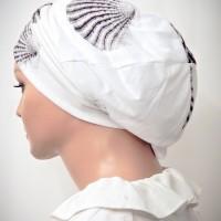 Moriya Snood White Shells Rayon Knit 05