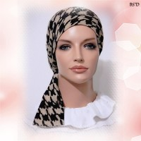 Black Houndstooth on Brown Sinar Tichel Style Fitted Scarf 03