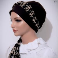 Brown Houndstooth Moriya Snood Tails 04