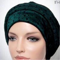 Moriya Snood Beret Tails Dark Green Dots 03