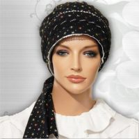 Moriya Snood Turnup Rim Black Petals 01